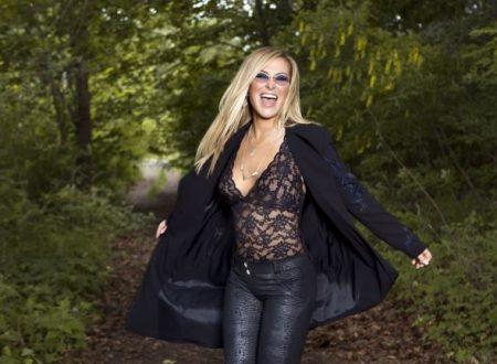 """Anastacia scala la classifica di """"Top Celebrity"""" dopo l'annuncio della partecipazione nel Musical """"We Will Rock You""""."""
